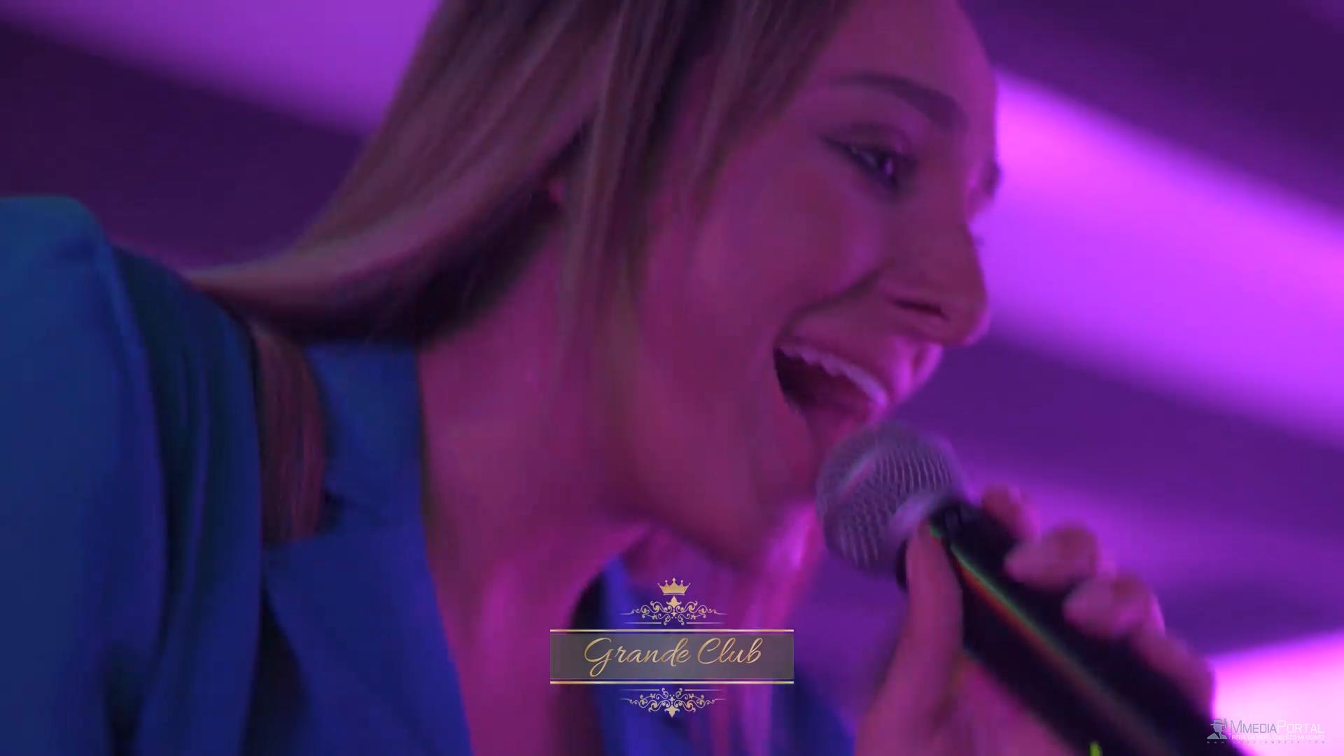 HIT NA INTERENTU: A ona samo puca, puca, puca...! Luna Djo šokirala sve nastupom (VIDEO)