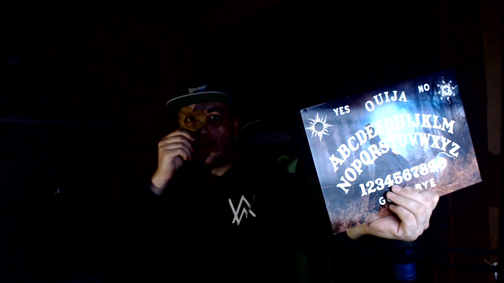 Ploča za prizivanje duhova! Poznatija pod imenom VIDŽI! (VIDEO)